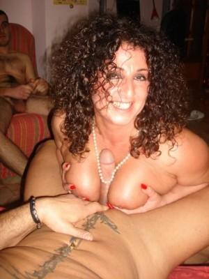 anya otthon szex cső